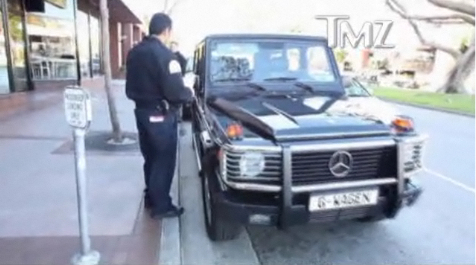 The Govenator Gets A Ticket On His G-Wagon