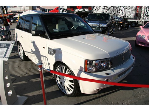 Crystal Rock's Range Rover at SEMA