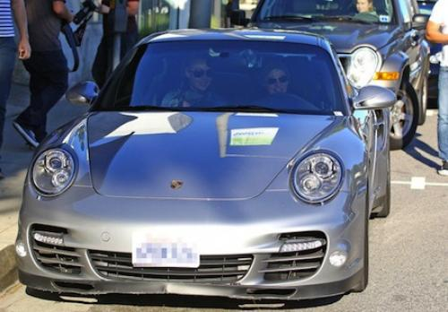 Ellen and Portia Ride a Porsche 911