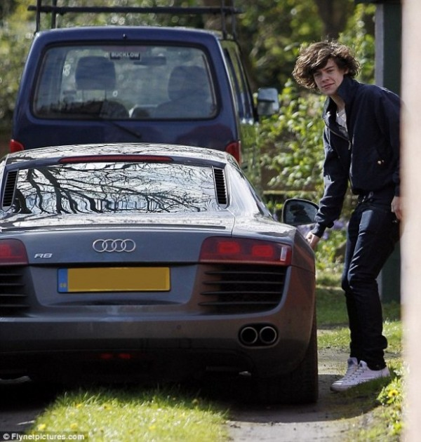 Harry Styles Audi R8