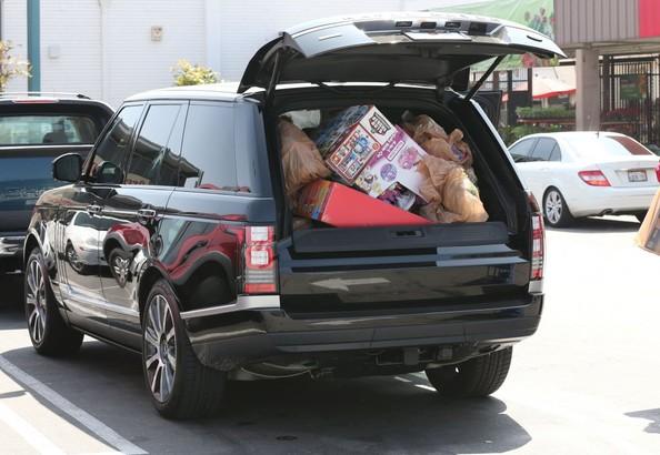 Jessica Simpson Range Rover