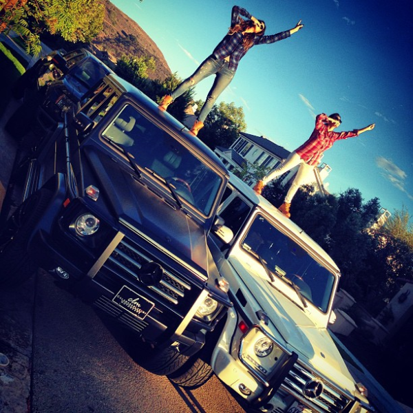 Khloe and kourtney show off their g wagon 39 s celebrity for Mercedes benz kardashian