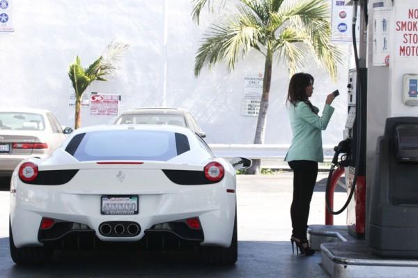 Kim Kardashian Ferrari 458
