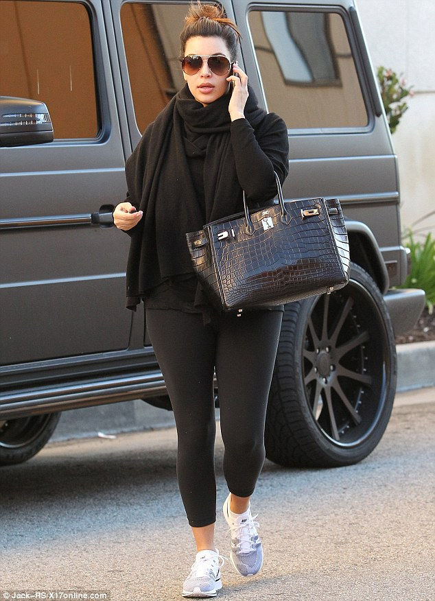 Kim S Back In L A Heads To The Gym In Her G63