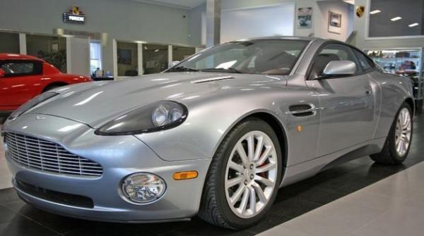 Michael Strahan's Aston Martin V12 Vanquish