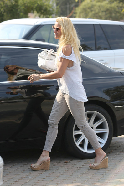 Nicollette Sheridan BMW 7 Series
