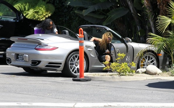 Rihanna Porsche