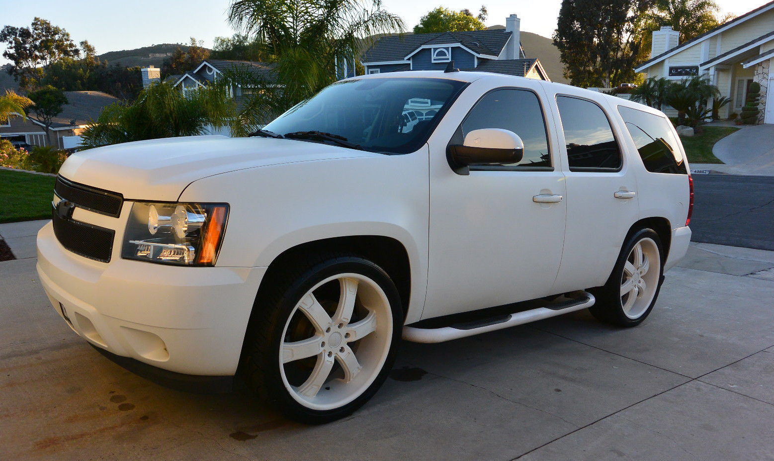 Rob dyrdek 39 s old chevrolet tahoe for sale on ebay Celebrity motors