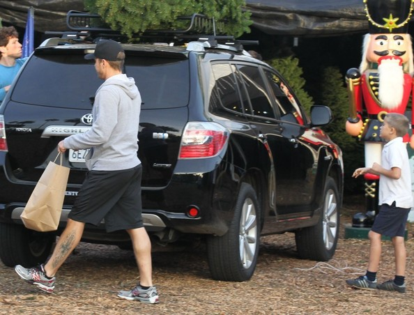Ryan Phillippe Toyota Highlander