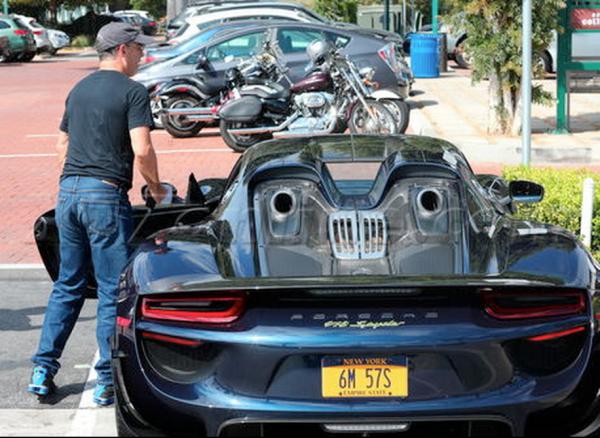 Seinfeld Porsche 918 Spyder