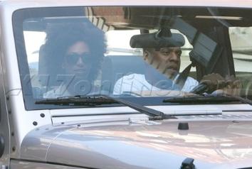 Solange-Knowles-Jeep-Wrangler