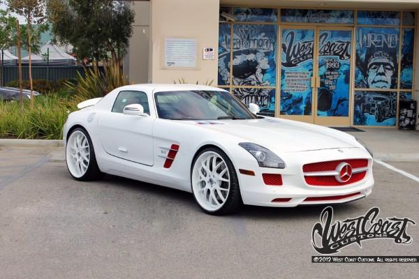 Tyga Mercedes Benz SLS