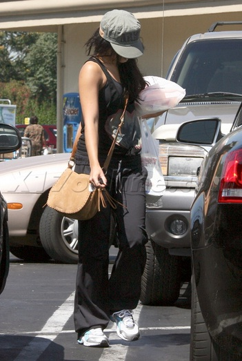Grocery Shopping With Vanessa Hudgens And Her Audi S4