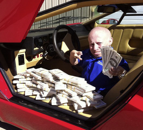 Verne Troyer Can Stack Cash Just Like 50 Cent Celebrity