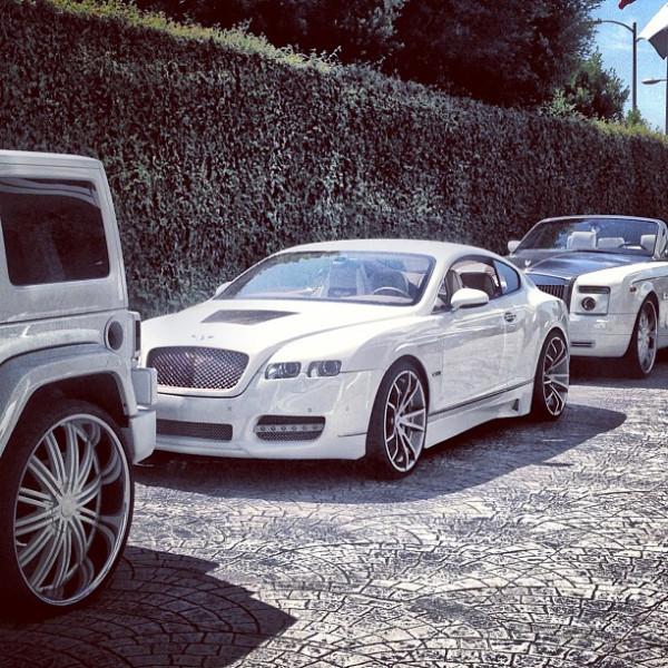 Yo Gotti car lined up