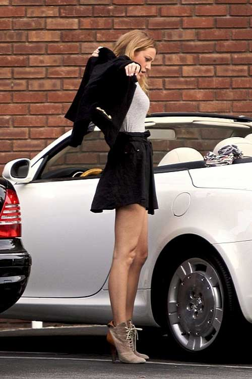 Blake Lively in her Lexus