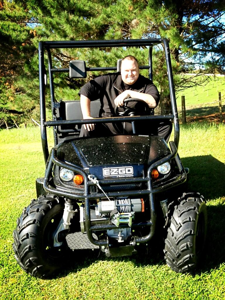 Kim Dotcom Keeps It Green Celebrity Cars Blog