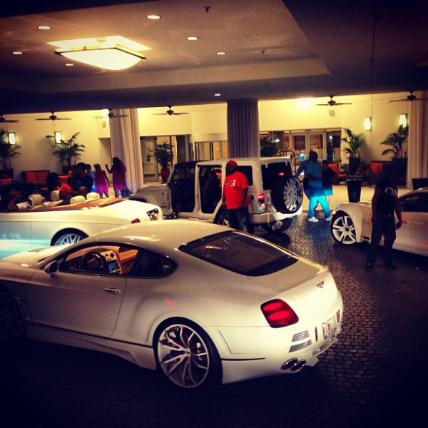 yo gotti cars in valet