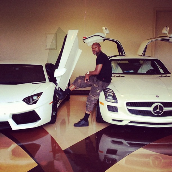 Floyd Mayweather's Lamborghini Aventador and his Mercedes SLS