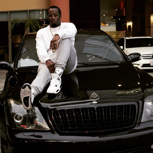 Blacked Out Cars >> P. Diddy Sits on The Hood of His Maybach | Celebrity Cars Blog